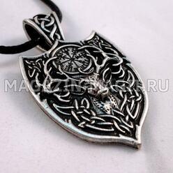 """El amuleto """"el Ciervo y Вегвизир"""""""